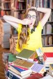 Allievo alla libreria Fotografia Stock Libera da Diritti