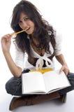 Allievo femminile con i libri Immagine Stock Libera da Diritti