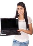 Allievo femminile con il computer portatile Fotografia Stock