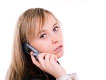 Allievo femminile con il telefono mobile Fotografia Stock