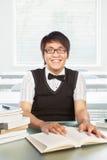 Allievo maschio dell'istituto universitario cinese Immagini Stock Libere da Diritti