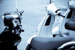 Allineamento dei motorini Fotografia Stock Libera da Diritti