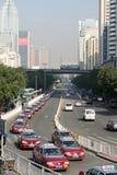Allineamento dei taxi al punto di controllo di frontiera di Louhu Fotografia Stock