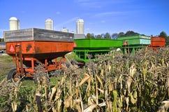 Allineamento del vagone del cereale per il raccolto Immagine Stock Libera da Diritti