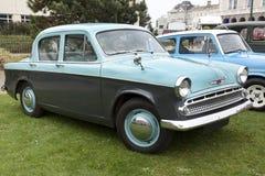 Allineamento di vecchie automobili d'annata Fotografia Stock Libera da Diritti