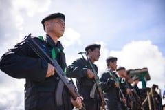 Allineamento non identificato del soldato del confine per protezione Fotografia Stock