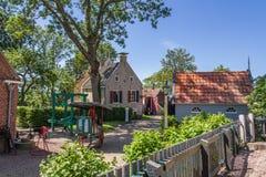 ALLINGAWIER, PAESI BASSI, il 27 giugno 2015: Villaggio olandese Allingawier Fotografia Stock Libera da Diritti
