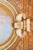 Allini l'estratto chiesa della parete e della finestra del tradate dell'Italia nella vecchia Fotografie Stock