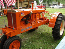 allis古色古香的chalmers拖拉机 库存图片