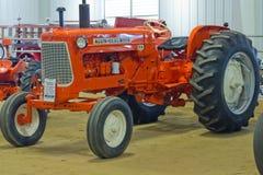 Allis-Chalmers D-18农用拖拉机 免版税库存图片