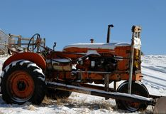 Allis Chalmers Tractor in Snow Royalty Free Stock Images
