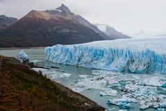 Allmän sikt av Peritoen Moreno Glacier arenaceous Landskap Fotografering för Bildbyråer