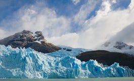 Allmän sikt av Peritoen Moreno Glacier arenaceous Landskap Royaltyfri Foto