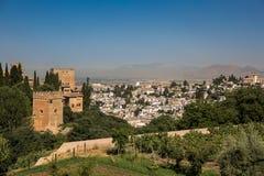 Allmän sikt av Alhambraen Arkivfoton