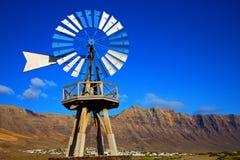 alloggi l'Africa ed il cielo in isola di Lanzarote Immagine Stock Libera da Diritti