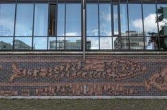 Alloggi la facciata nel nuovo distretto HafenCity di Amburgo Fotografia Stock Libera da Diritti