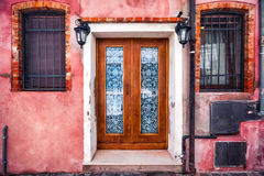 Alloggi la facciata sull'isola di Burano, provincia di Venezia Immagini Stock Libere da Diritti
