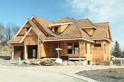 Alloggi la nuova costruzione domestica Fotografie Stock