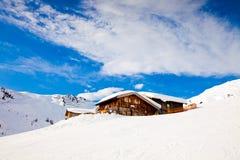 Alloggi in montagne delle alpi Fotografie Stock Libere da Diritti