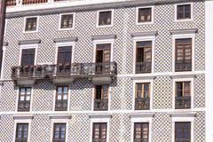 Alloggi in pieno delle mattonelle tipiche a Lisbona, Portogallo Fotografia Stock