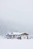 Camera in montagne, le precipitazioni nevose Fotografie Stock