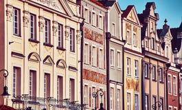 Alloggia le facciate al vecchio quadrato del mercato di Poznan, Polonia Immagine Stock
