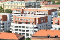 alloggia residenziale moderno Immagini Stock Libere da Diritti