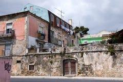 Alloggiando le rovine a Lisbona Immagini Stock Libere da Diritti