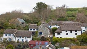 Alloggio ricoperto di paglia tradizionale in Cornovaglia Regno Unito Fotografia Stock Libera da Diritti