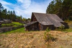 Alloggio tradizionale delle popolazioni autoctone della Lituania Immagini Stock