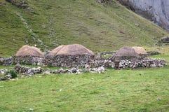 Alloggio tradizionale nell'Alto-elevazione Perù Fotografie Stock