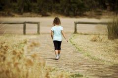 Allontanarsi solo del bambino Fotografie Stock Libere da Diritti