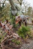 Allosauro e stegosauro Fotografia Stock