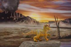Allosaurus del bebé en fondo jurásico foto de archivo libre de regalías
