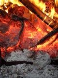 AlloverSmouldering amarelo das chamas encarnado Foto de Stock Royalty Free