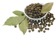 Allspice and bay leaves. Royalty Free Stock Photos