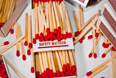 Allumettes de sécurité rouges Images stock