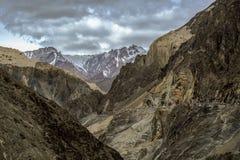 Alluna il paesaggio in Lamayuru a Ladakh, India, moun himalayano Fotografie Stock