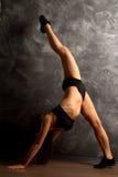 Allunga le gambe sulla cordicella Fotografie Stock Libere da Diritti