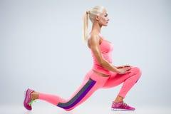 Allungamento dei muscoli Fotografia Stock
