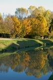 Allungamento del fiume Brenta vicino a Mira nella provincia di Venezia nel Veneto (Italia) Immagini Stock Libere da Diritti