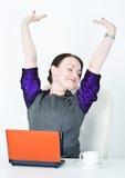 Allungamento della donna di affari Fotografia Stock Libera da Diritti