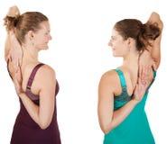 Allungamento delle spalle Immagini Stock