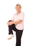 Allungamento maturo della signora più anziana Immagini Stock Libere da Diritti