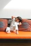 Allungamento sveglio della bambina Immagini Stock Libere da Diritti