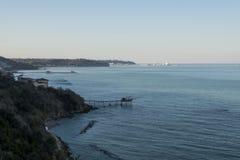 Allungamento tipico della costa nell'Abruzzo Immagini Stock