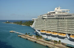 Allure of he Seas in Nassau Royalty Free Stock Photos