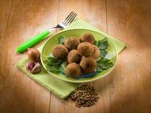 Almôndegas das lentilhas do vegetariano imagens de stock royalty free