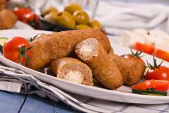 Almôndegas do grego de Bifteki Imagens de Stock