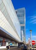 Alma Ata - Ritz Carlton Tower en Esentai Mall Stock Foto's